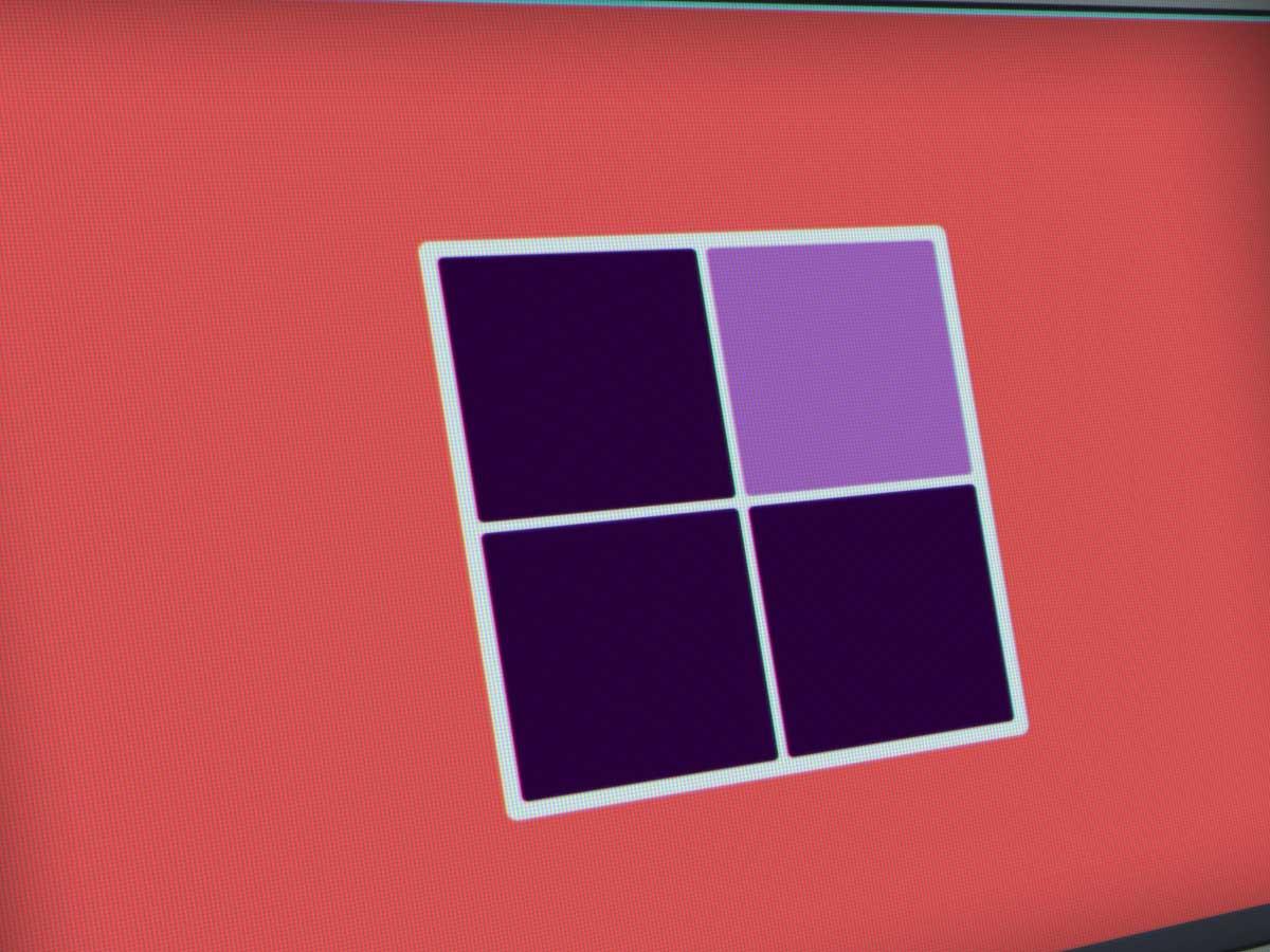 The Color! Eye Test jeu de reconnaissance de couleurs de cases